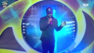 "VIDEO: Iyanya Performs ""Hold On"" at #BBNaija Live Eviction Show"
